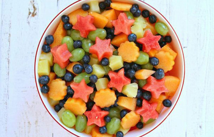5-Ingredient-Fresh-Fruit-Salad 30 Healthy Appetizers for Summer BBQs and July 4th