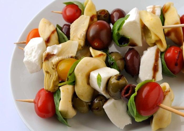 Antipasto-Skewers-artichokes 15 Italian Healthy Appetizers