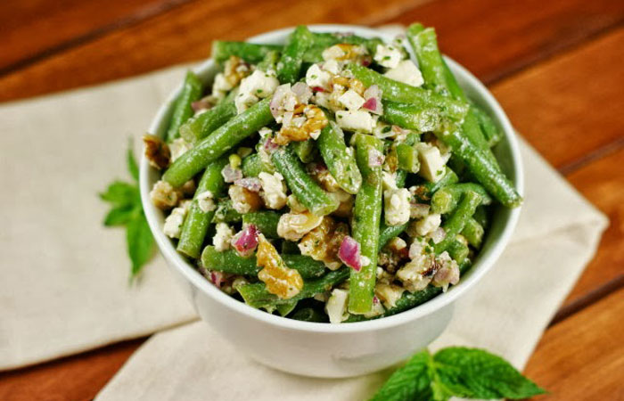 Green-Bean-and-Feta-Salad 30 Healthy Appetizers for Summer BBQs and July 4th