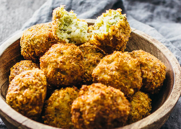 arancini-fried-risotto-balls 18 Healthy Italian Appetizers