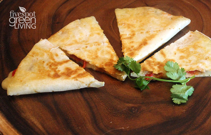 Roasted Red Pepper, Mango and Brie Quesadilla Healthy Appetizer won't last long