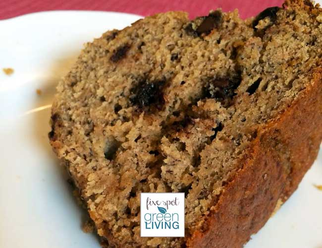 The Best All Natural Banana Bread Recipe made with NO REFINED SUGAR! Five Spot Green Living