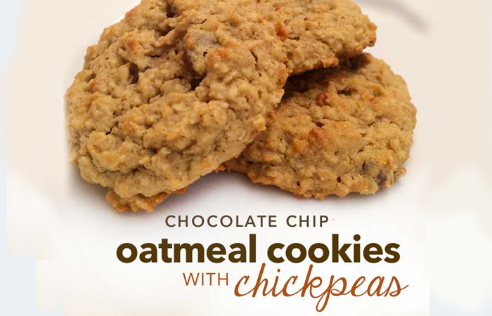 Healthy cookies with chickpeas oatmeal chocolate chips