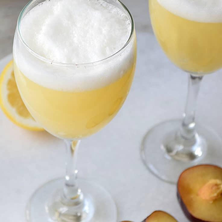 blog-nectarine-seltzer 20 Easy Thanksgiving Mocktail Recipes