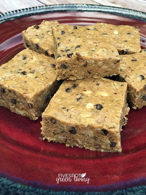 blog-energy-bites-tall Crunchy No Bake Energy Bites Recipe