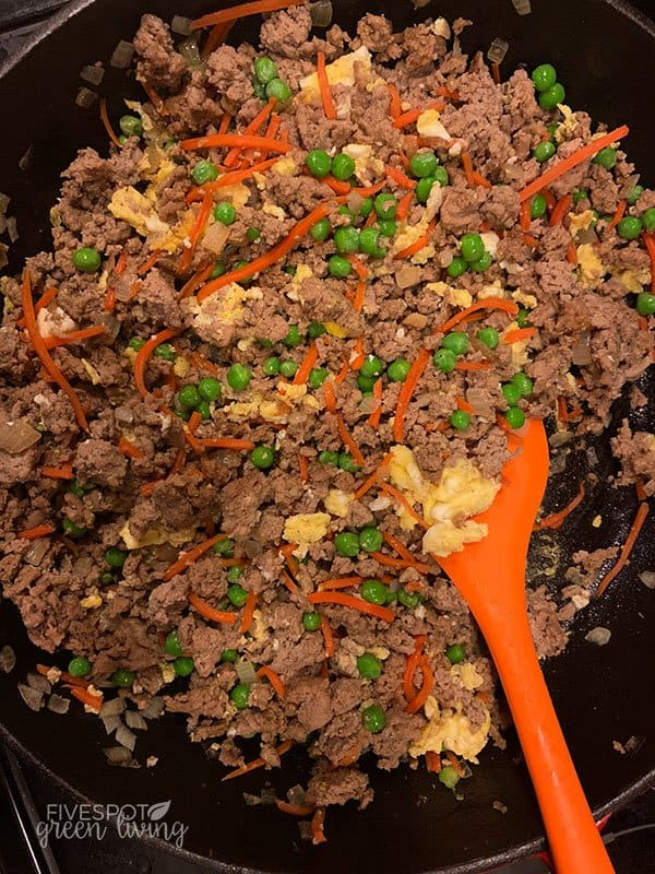 ground turkey with carrots and peas