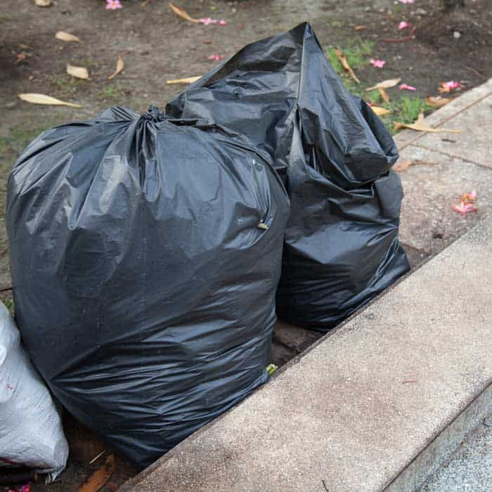 clutter garbage bags