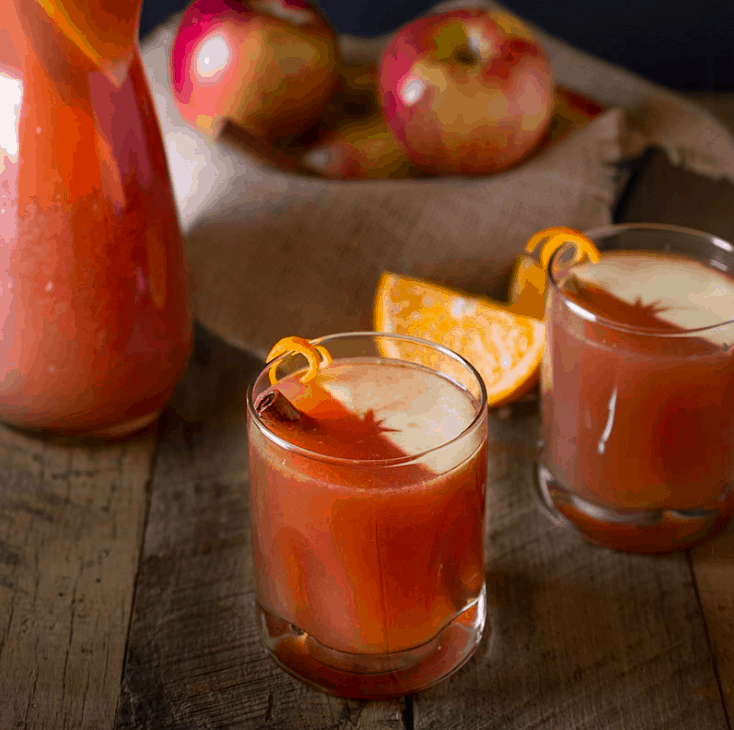 sparkling-apple-punch 15 Festive Fall Punch Recipes