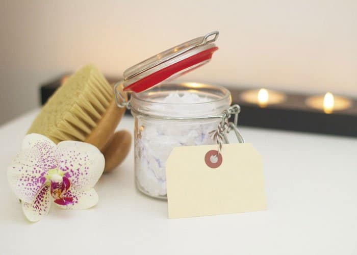 bath salts and essential oils for detox