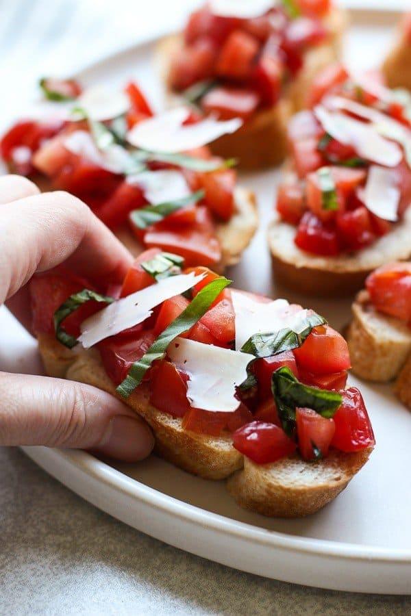Bruschetta with Tomatoes, Basil and Balsamic Vinegar