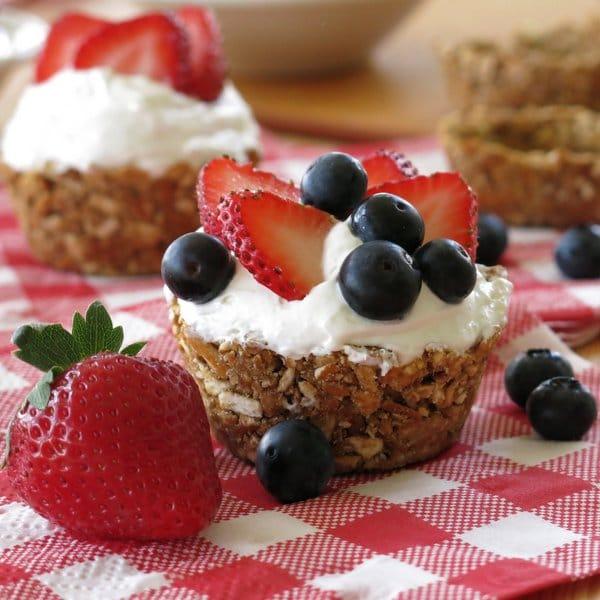 "No-Bake Mini Cheesecakes in Pretzel Crust ""Cups"""