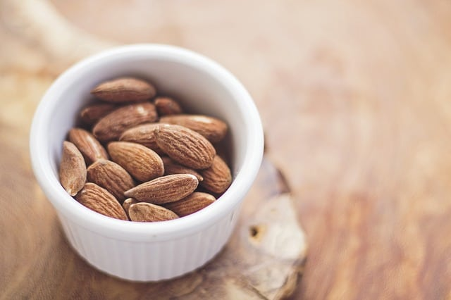 nuts are food high in magnesium