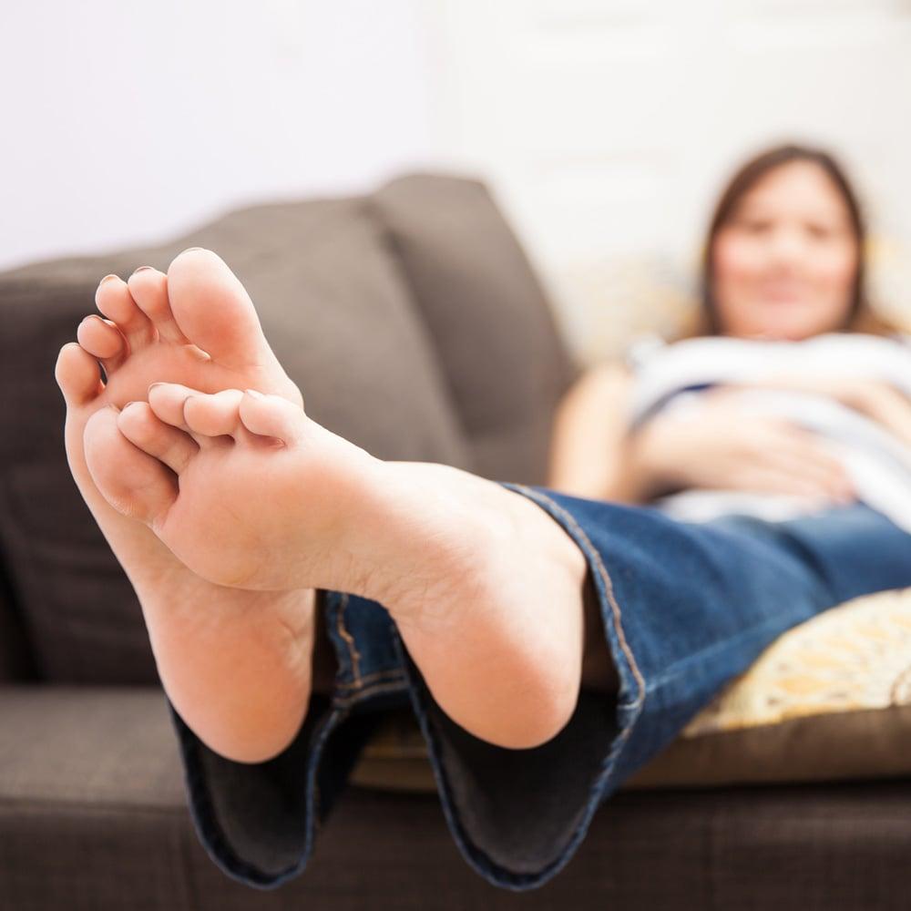 peppermint oil for swollen feet